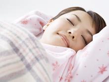 長年、睡眠誘導剤を服薬しないととても眠れない・・・という方がおられます。薬を切らそうものならもう大変。パニックになってしまいます。どういう過程を経てそうなったかを問わず、自律神経の調整からのアプロ―チで比較的簡単に改善可能です。一度自信がつけば大丈夫です。初診日の夜、爆睡される方も珍しくありません。そのうちに薬を飲むのをつい忘れて寝てしまうことがおきてきます。そうなればいよいよ大丈夫です。通常数回から10回以内にて終了します。